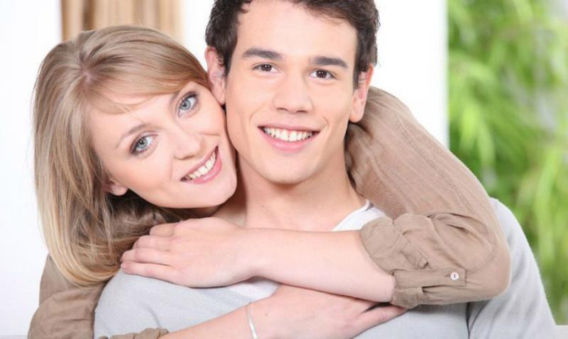Сайт знакомств взрослой женщины с молодыми парнями