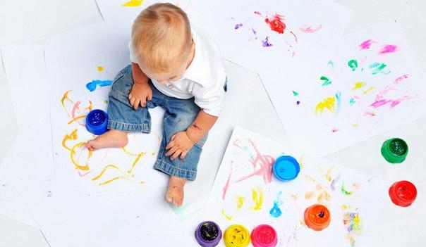 яркие краски для малыша
